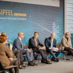 Fokusgruppe Intelligente Vernetzung und Charta digitale Vernetzung diskutieren mit Experten auf dem Digital-Gipfel 2018 in Nürnberg
